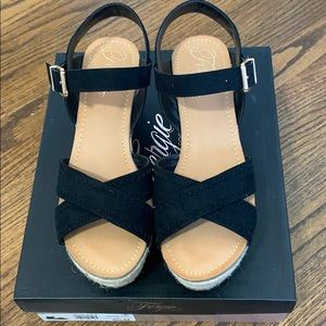 Fergie wedges Size 8.5 New In Box